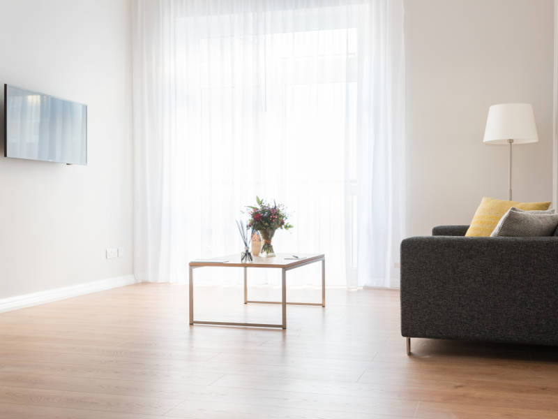 Large living room space in PREMIER SUITES Reading serviced apartments